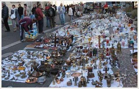 Развалы блошиного рынка, Франция