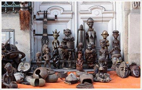 Блошиный рынок в Лиле во Франции