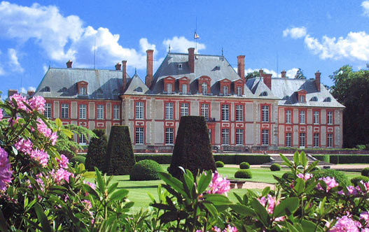 chateau-breteuil-1