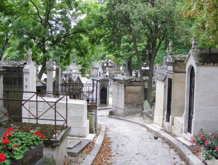 Кладбище Пер-Лашез (Pere-Lachaise) в Париже
