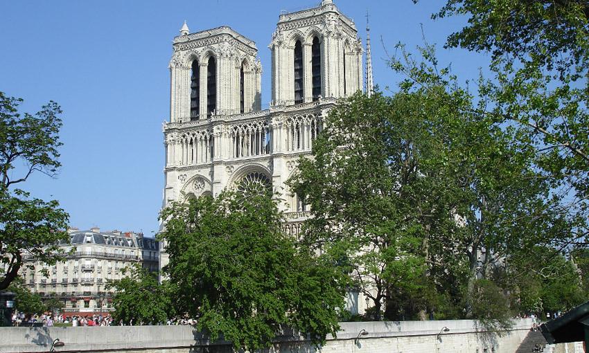Собор Нотр-Дам де Пари в Париже
