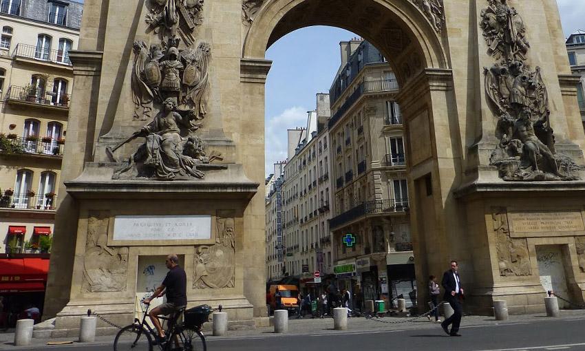 Арки Сен-Дени и Сен-Мартен в Париже