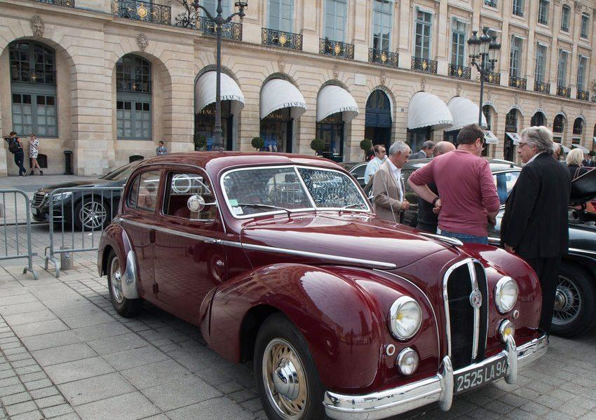 Ралли старинных автомобилей в Париже